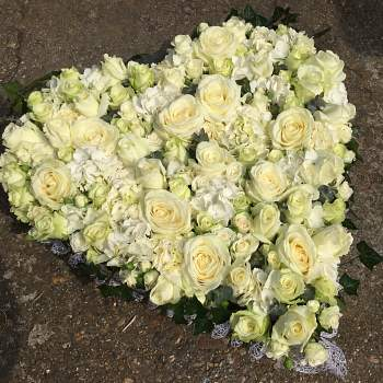 H11 Rose and hydrangea heart - From £150